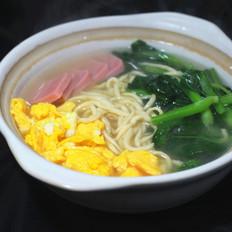 鸡蛋蔬菜灌汤面