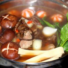 茶树菇排骨火锅
