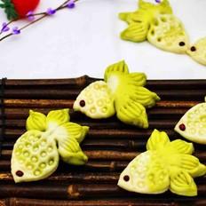 【年年有余】的双色花样小金鱼馒头