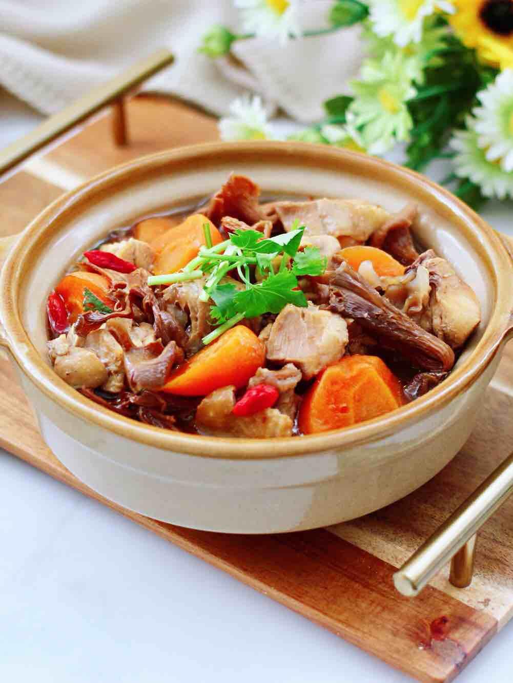 榛蘑胡萝卜鸡汤
