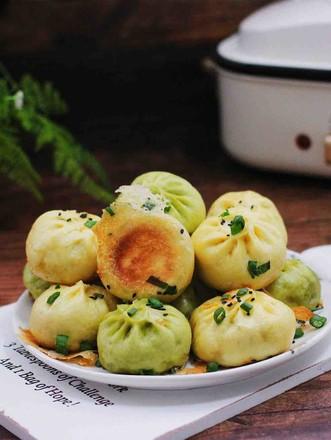 双色西葫芦韭菜生煎包的做法