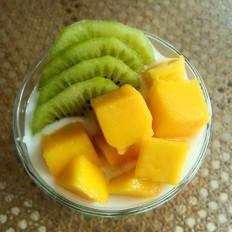 自酿水果酸奶
