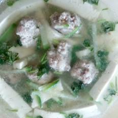 白萝卜豆腐肉丸汤