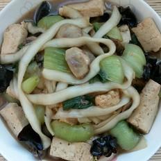 豆腐粉条油菜菌菇炖
