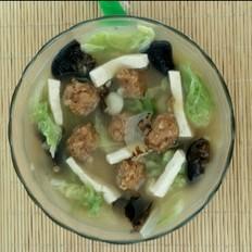 木耳丸子白菜汤