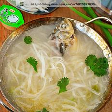 鲫鱼萝卜丝火锅