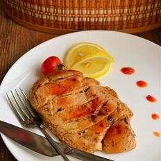 香草烤鸡胸肉