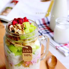燕麦酸奶早餐罐