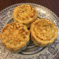 广式月饼(豆沙蛋黄,紫薯蛋黄)