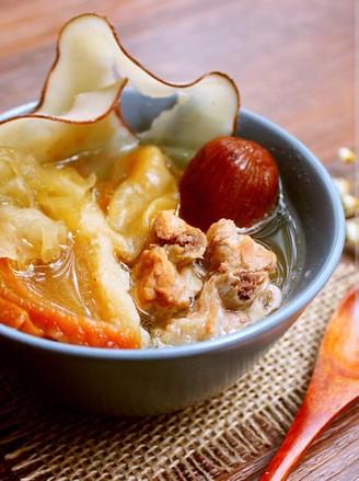 花胶海底椰美肌汤的做法