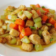 彩蔬黑椒鸡丁
