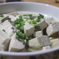 鲫鱼炖豆腐