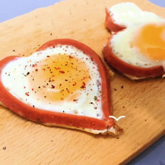 爱心煎蛋的做法