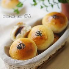 中种红豆沙面包