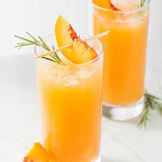 鲜榨黄桃汁的做法