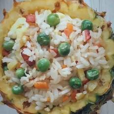 五彩菠萝炒饭