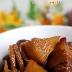 五花肉炖春笋