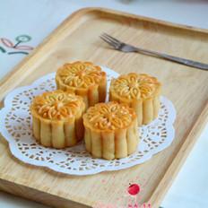 莲蓉咸蛋黄月饼