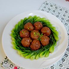 红烧猪肉莲藕丸子