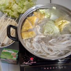猪骨菌菇火锅