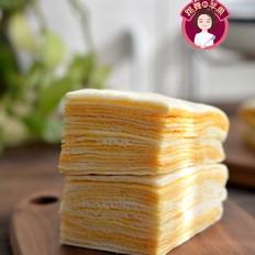 咸蛋黄千层糕