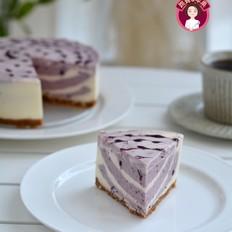 蓝莓双色乳酪慕斯蛋糕