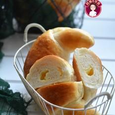 中种淡奶油卡士达牛角面包