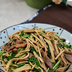 牛肉韭菜豆腐丝