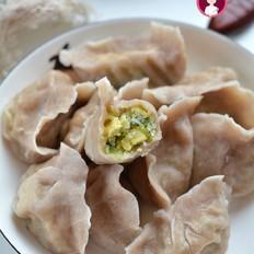 鸡蛋圆白菜褐麦饺子