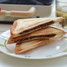 酱牛肉&午餐肉三明治