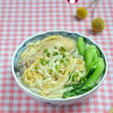 豆腐丝青菜鸡汤面
