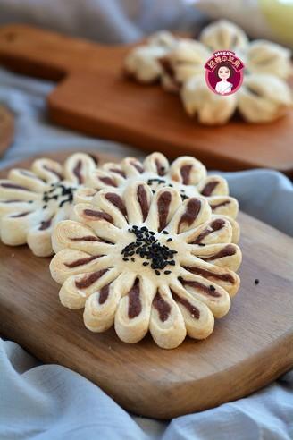 桃花酥和菊花酥的做法