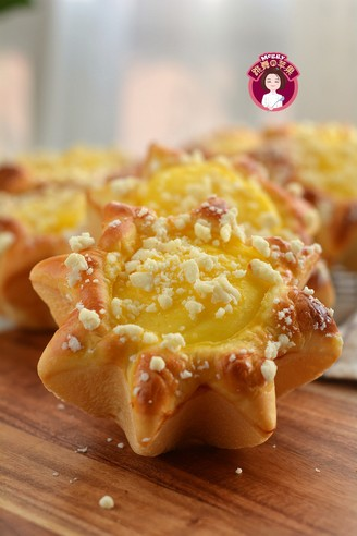 卡仕达酥粒面包的做法