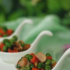胡萝卜青豆炒鸡腿