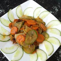 胡萝卜土豆炒黄瓜