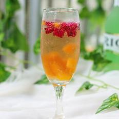 芒果火龙果鸡尾酒