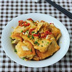 咸蛋黄金沙脆皮豆腐