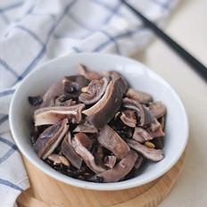黑豆炖猪肚