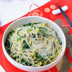 黄豆芽粉丝炒韭菜
