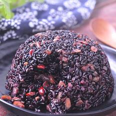 红枣黑米饭