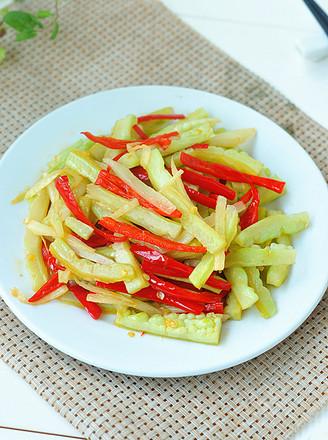 姜丝红椒炒苦瓜丝的做法