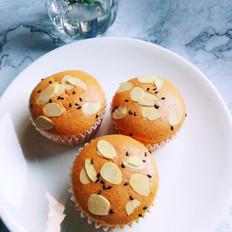 杏仁芝麻小蛋糕