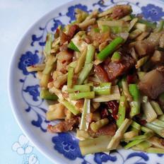 腊肉炒小竹笋