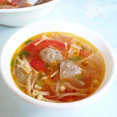 番茄金针菇牛肉丸汤