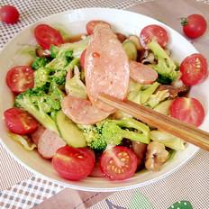 多彩果蔬牛肉肠沙拉