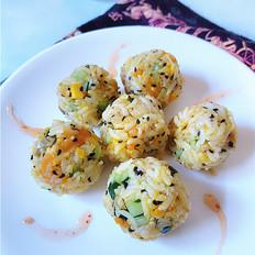 咸蛋黄藜麦饭团