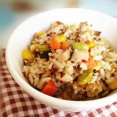 三色藜麦毛豆肉丁饭