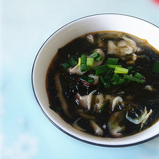 虾皮香菇榨菜紫菜汤
