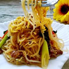 酸菜肉丝炒米线