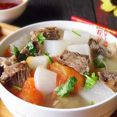 番茄牛肉炖萝卜汤